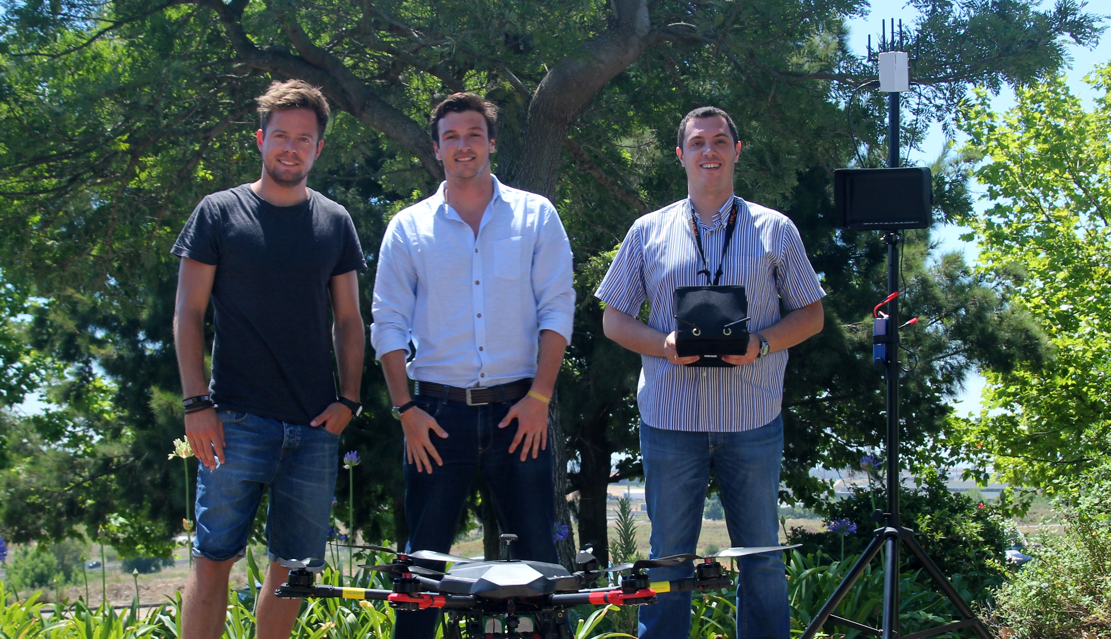 Pro-Drone_Team_2_resized2